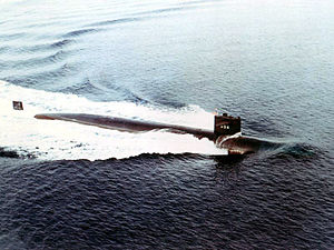 300px-USS_Permit_(SSN-594)turning[1]